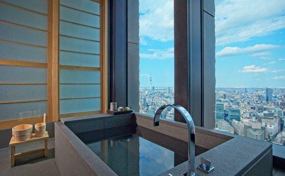 10 красивых ванных комнат в