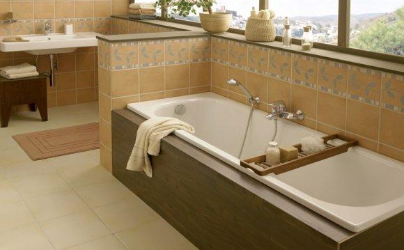 стальная ванная белая