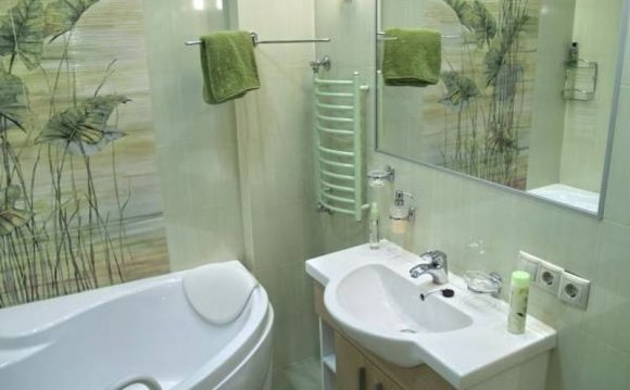 Очень маленькая ванная комната